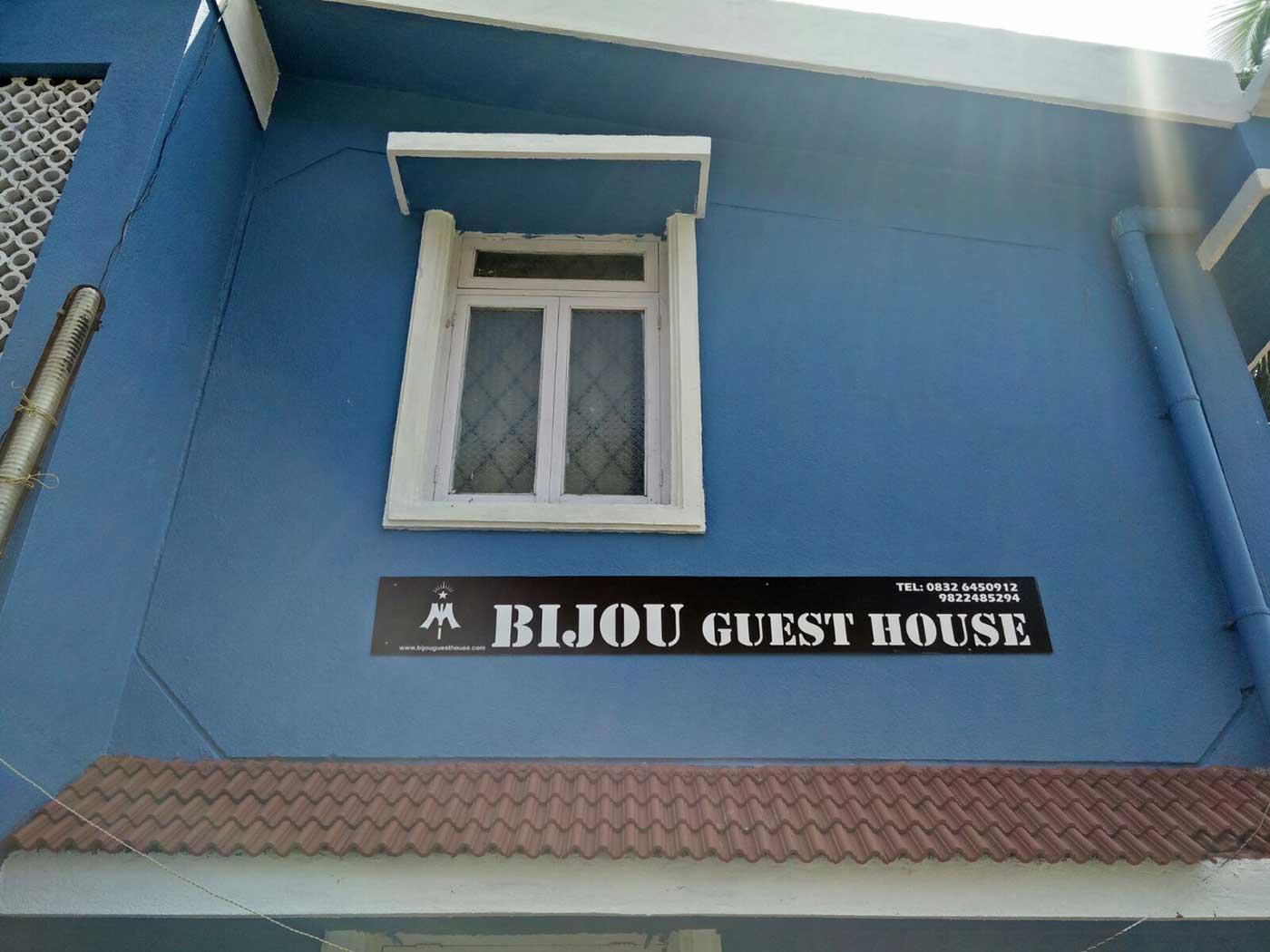 bijou guest house board